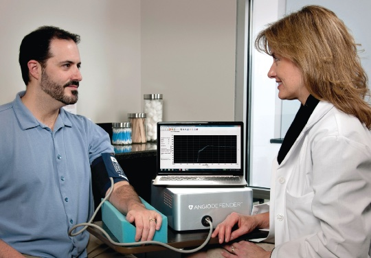 Recently approved by Health Canada, the AngioDefender(TM) provides an instant report on your cardiovascular system's health in less than 20 minutes (CNW Group/Closing the Gap Healthcare Group)